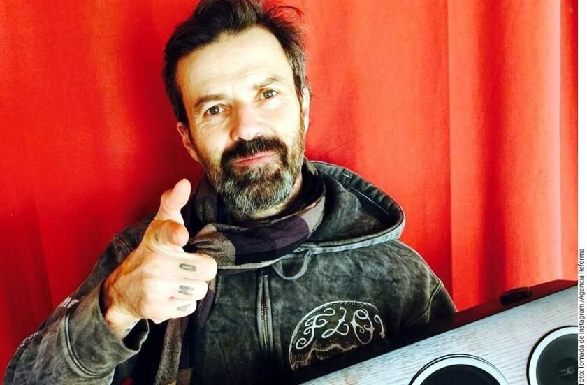 El cantante Pau Donés reveló que es poco el tiempo que le queda de vida, pues tiene un gen que provoca tumores.