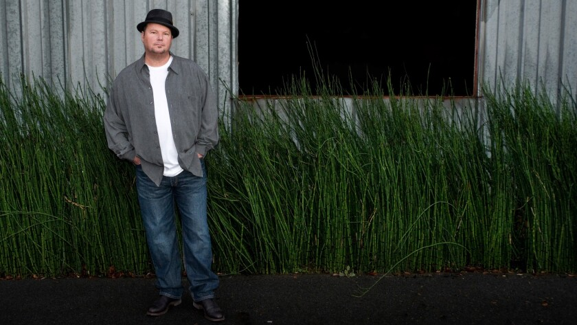 Christopher Cross, who shattered records at the 1981 Grammys, will bring his repertoire of smooth ballads to downtown Las Vegas this month.