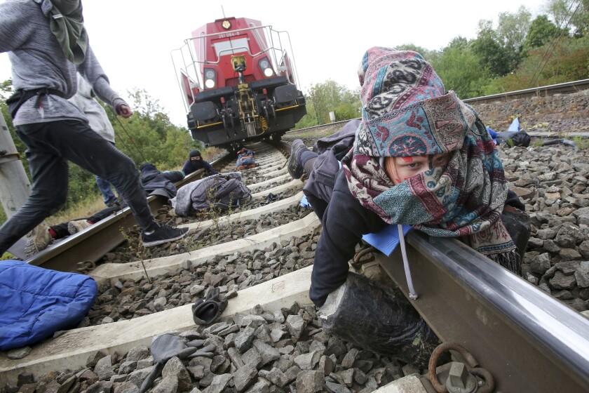 Activists stop train in Wolfsburg
