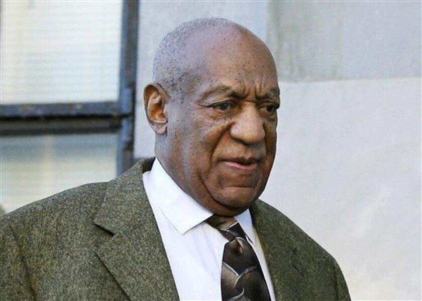 El comediante Bill Cosby rechazó la petición de Bill Cosby para hacer nuevamente confidenciales sus declaraciones acerca de aventuras extramaritales, sedantes por prescripción y pagos a mujeres, al señalar que la solicitud es irrelevante ahora pues se trata de información en el dominio público. (Foto AP/Mel Evans, archivo)
