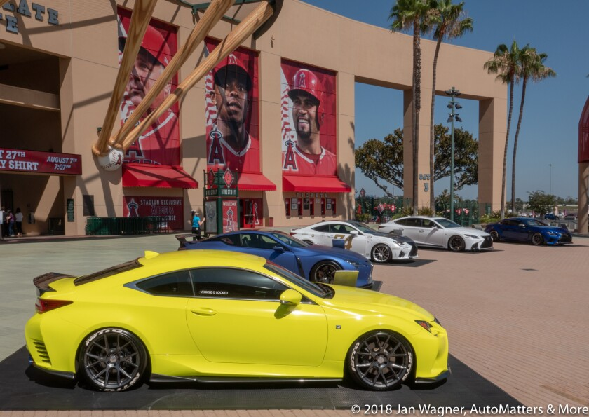01685-20180714 Lexus Driving Tour-Angel Stadium of Anaheim-RX10-IV