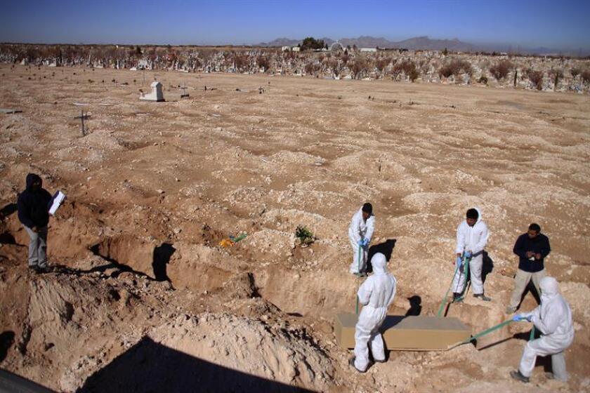 Autoridades mexicanas hallaron 199 restos óseos en un rastreo en el Valle de Juárez, en la frontera con Estados Unidos del norteño estado de Chihuahua,.