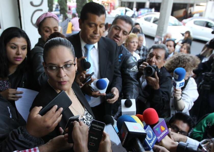 Filtraciones y litigio familiar empañan caso de joven asesinado en México