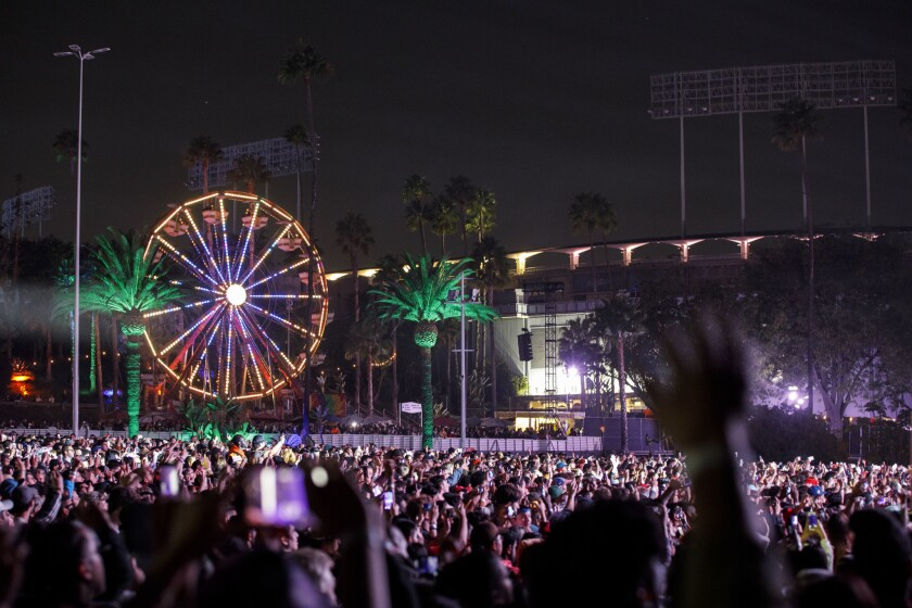 Attendees watch Ms. Lauryn Hill perform live during Camp Flog Gnaw music carnival at Dodger Stadium