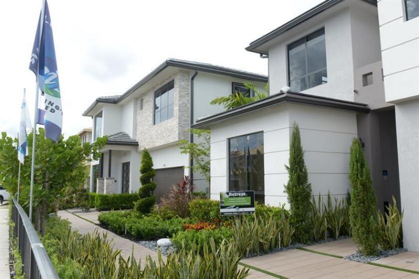 Las ventas de casas usadas descendieron un 3,6 % en diciembre y quedaron en un ritmo anual de 5,57 millones de unidades, informó hoy la Asociación Nacional de Agentes Inmobiliarios (NAR). EFE/Archivo