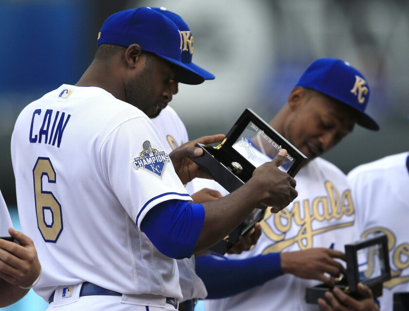 Royals get World Series rings, then shut out by Mets - The