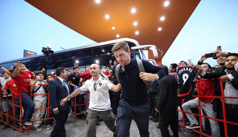 Ruidosa recepción para el Galaxy en Torreón; en la imagen, Steven Gerrard.