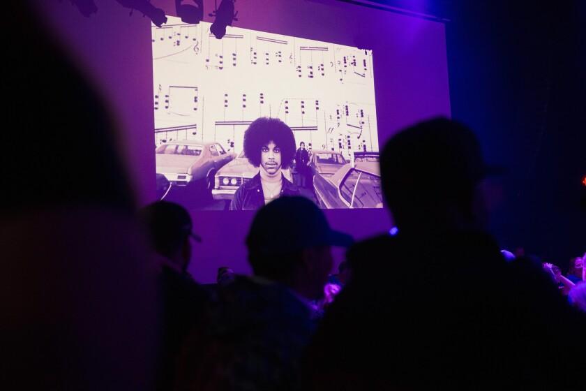 Purple for Prince: First Avenue nightclub Minneapolis