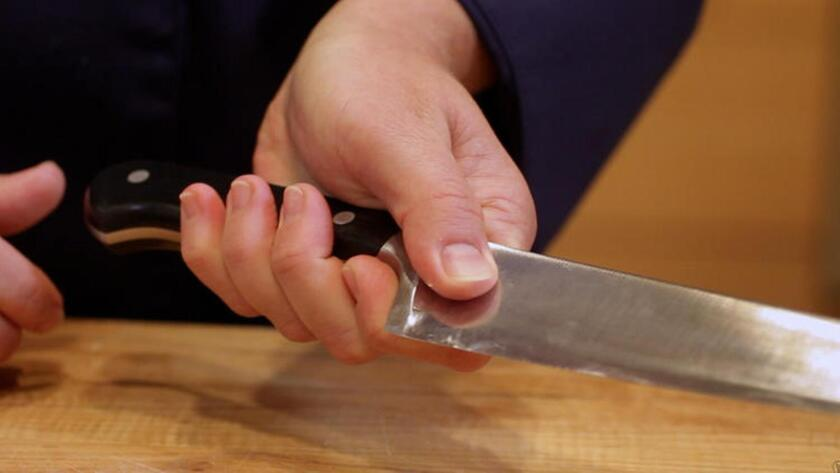 Are you holding your chef's knife correctly?