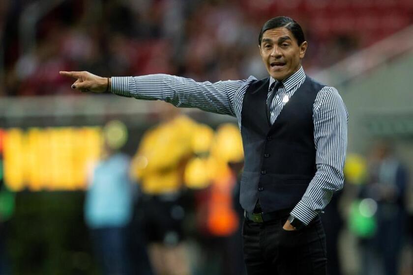 Francisco Palencia renuncia como entrenador de los Lobos Buap