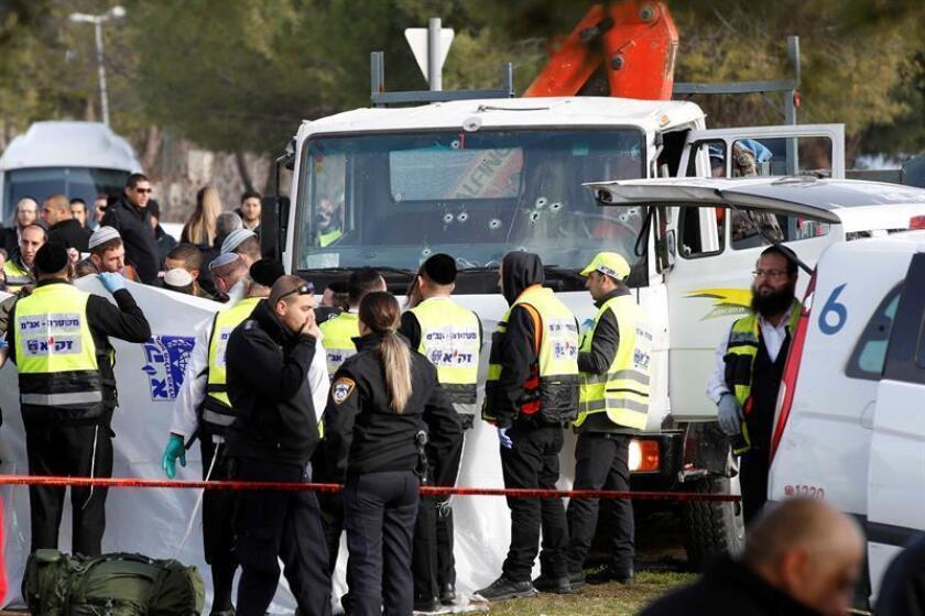 """El gobierno estadounidense condenó de la manera """"más contundente"""" el """"brutal"""" asesinato de cuatro soldados israelíes en un ataque perpetrado hoy con un camión por un palestino contra un grupo de militares en Jerusalén Este, y criticó la """"glorificación del terrorismo"""". EFE"""