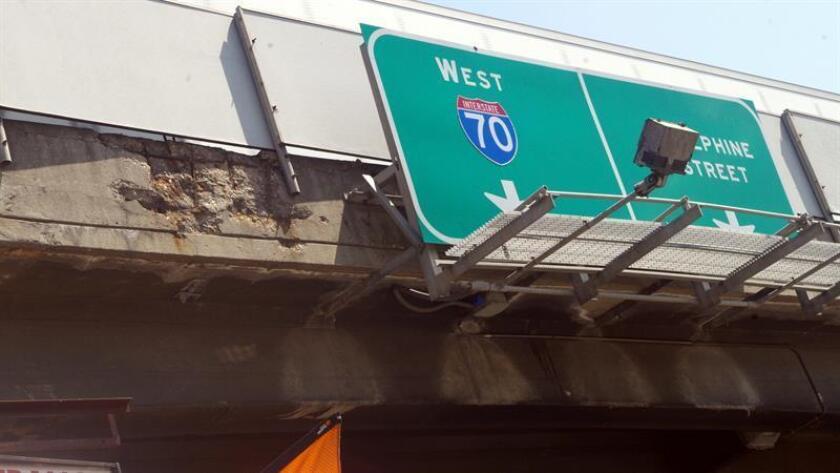 La Administración Federal de Carreteras (FHWA, en inglés) indicó hoy que investigará si el proyecto de la expansión de la carretera interestatal 70 infringe los derechos civiles de los residentes en el norte de Denver (Colorado), un área de mayoría hispana. EFE/ARCHIVO
