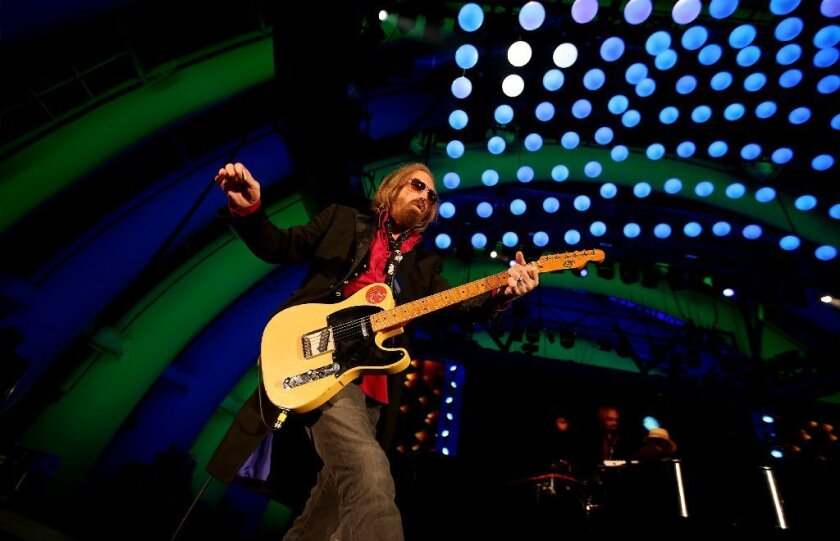 Why Losing Tom Petty Feels Like Losing A Piece Of Ourselves Los