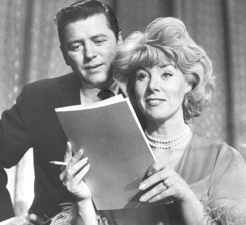 Husband-and-wife singing-and-acting team of Gordon and Sheila MacRae in 1964. Sheila MacRae has died at 92.