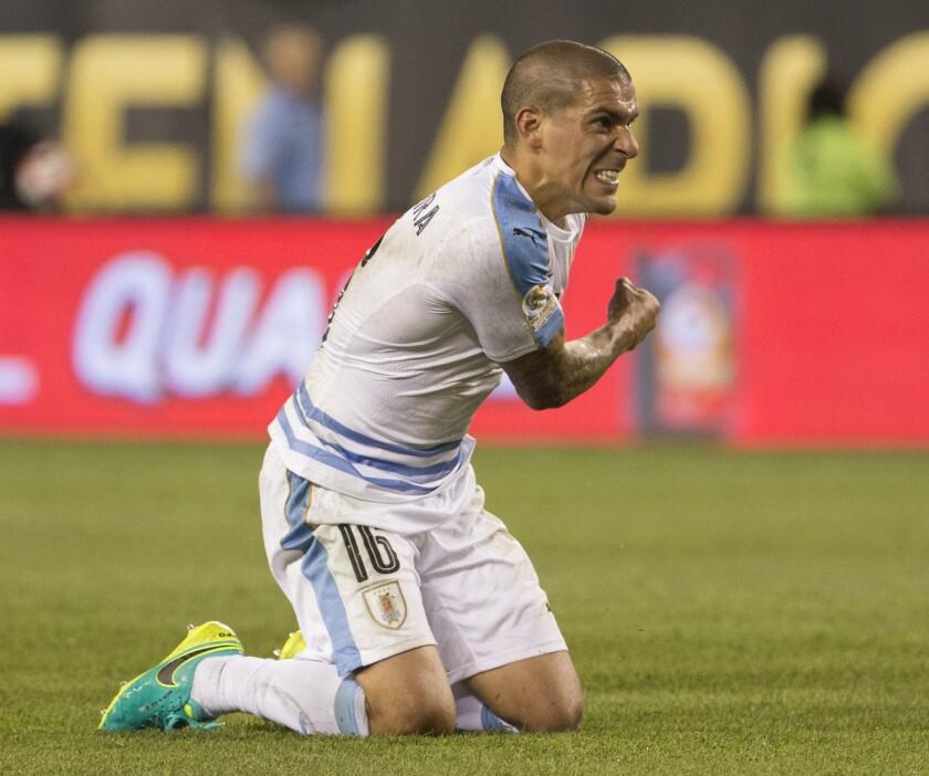Uruguay'sMaximiliano Pereira reacts after his shot went wide against Venezuela during a Copa America Centenariomatch in Philadelphia on June 9.