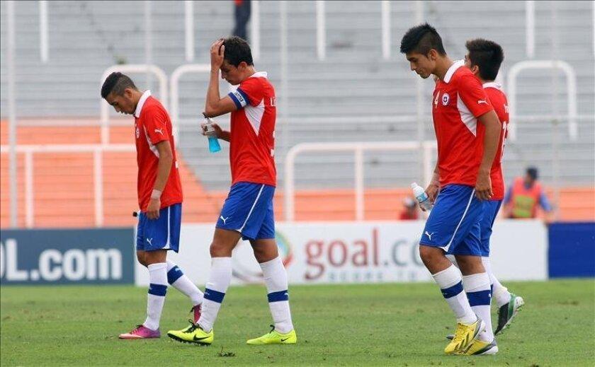 """Hasta ahora, """"la Roja sub'20"""" ha jugado ocho partidos de ensayo frente a equipos locales de primera división y con las selecciones sub'20 de Colombia, Paraguay, Uruguay y El Salvador. EFE/Archivo"""