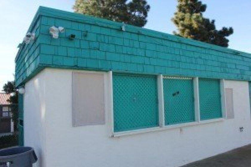 Solana Beach Little League plans to demolish the old Snack Shack at Solana Vista School and build a new Health Hut. Photo/Karen Billing