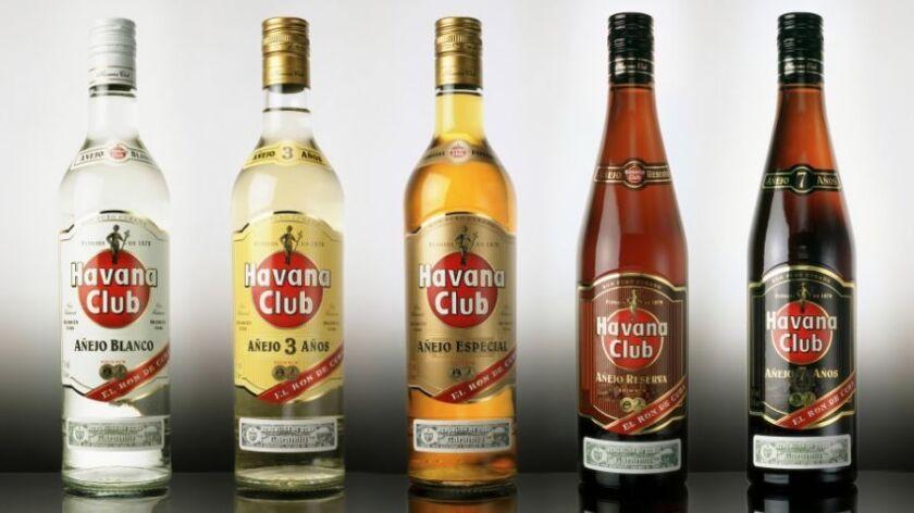 Bacardí demandó más información sobre una reciente decisión del gobierno estadounidense de permitir a Cuba vender su ron Havana Club en Estados Unidos una vez concluya el embargo comercial.