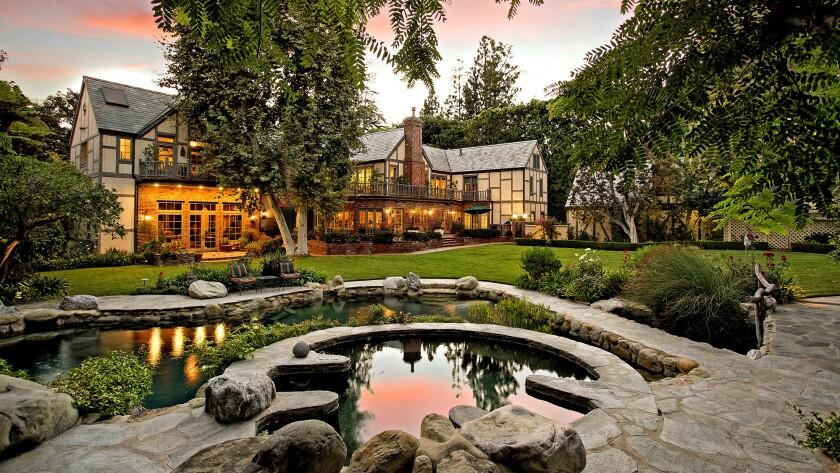 Hot Property | Celebrity architects | Harry Warner estate