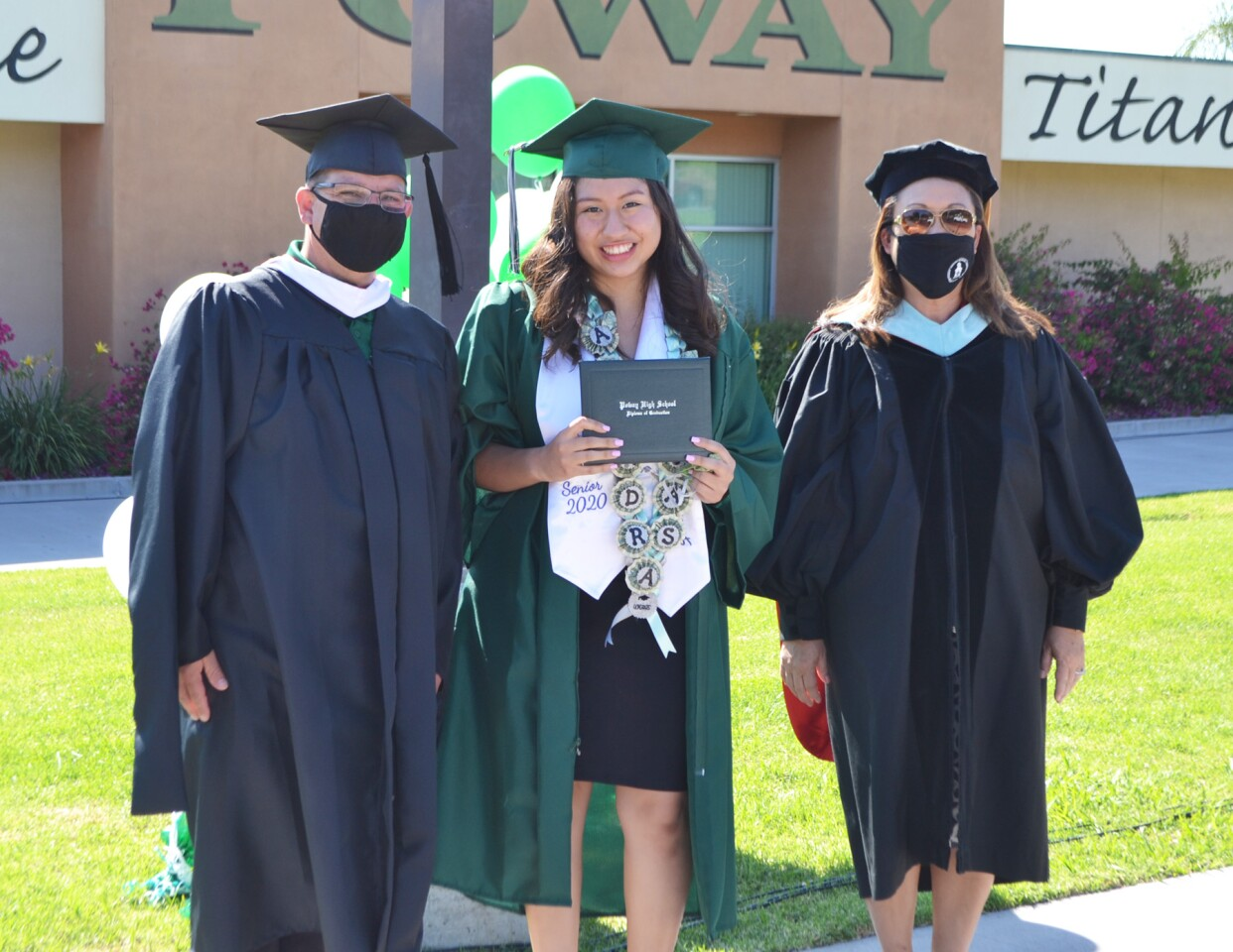 Principal Richard Nash, Alondra Rojas and Supt. Marian Kim Phelps