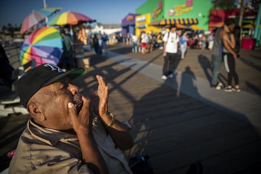 Street performer Emiliano Barrales