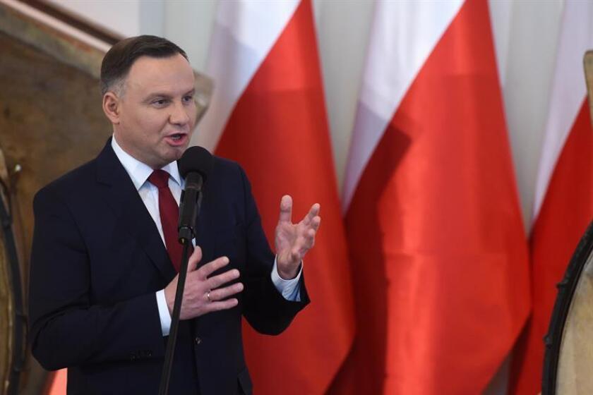 """EEUU expresó hoy su """"decepción"""" por la decisión del presidente polaco, Andrzej Duda, de ratificar la ley que castiga con cárcel el uso de la expresión """"campos de concentración polacos"""", por la que ha protestado Israel. EFE/ARCHIVO/PROHIBIDO SU USO EN POLONIA"""