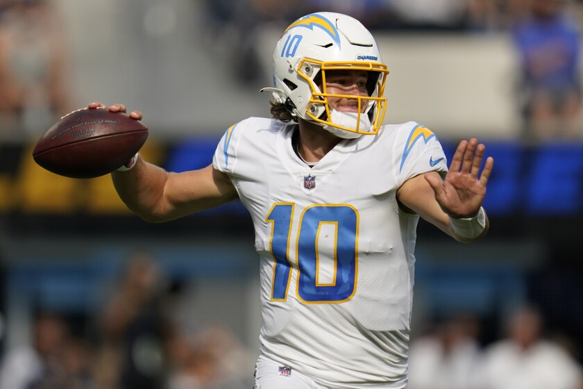 Los Angeles Chargers quarterback Justin Herbert throws
