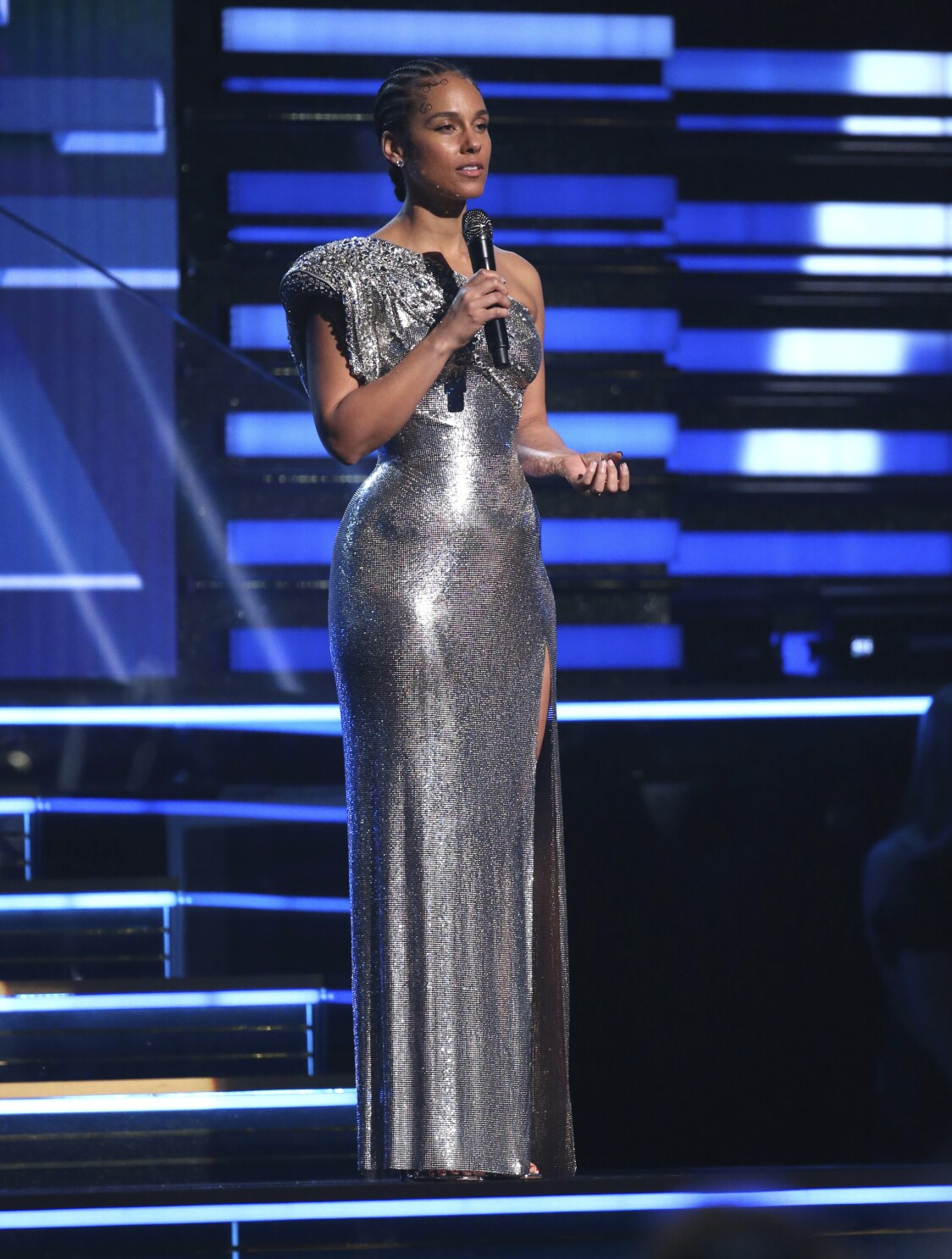 Analysis Grammy Awards Weather Firestorm Of Controversy As Host Alicia Keys Executes A Deft Balancing Act The San Diego Union Tribune