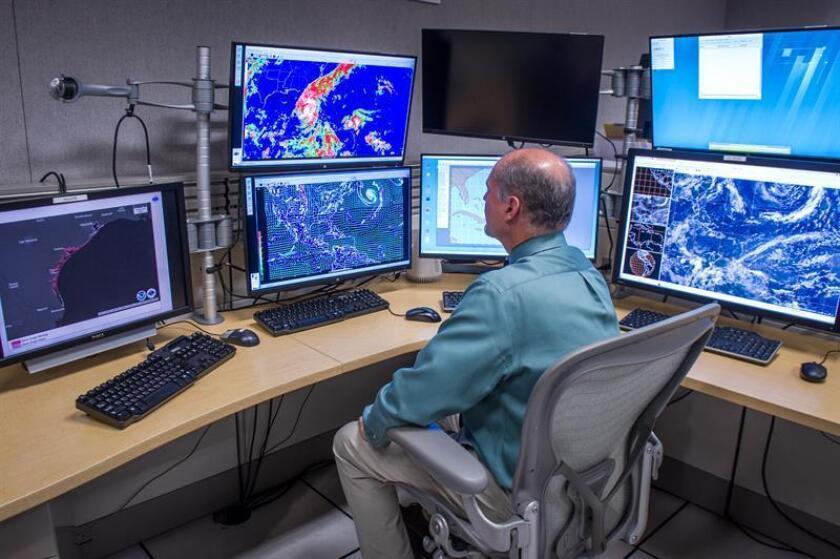 La octava y novena depresión tropical de la temporada de huracanes se formaron hoy en el este del Atlántico, informó el Centro Nacional de Huracanes (NHC, en inglés). EFE/ARCHIVO