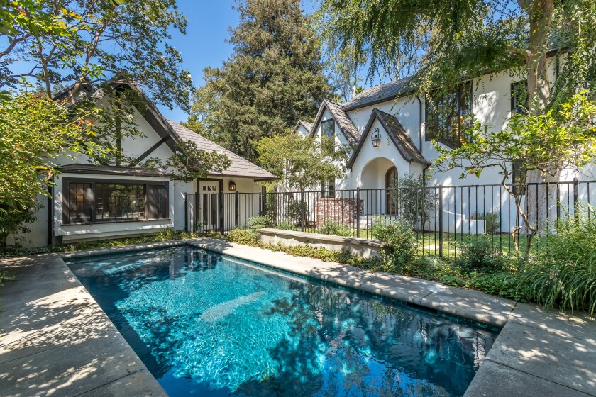 Rachael Leigh Cook's Studio City home