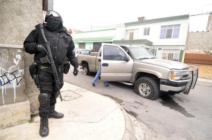El homicidio de un candidato a diputado en el norteño estado mexicano de Coahuila, elevó a 112 el número de políticos asesinados en el actual proceso electoral de 2018 en México, según el indicador de violencia política. EFE/ARCHIVO