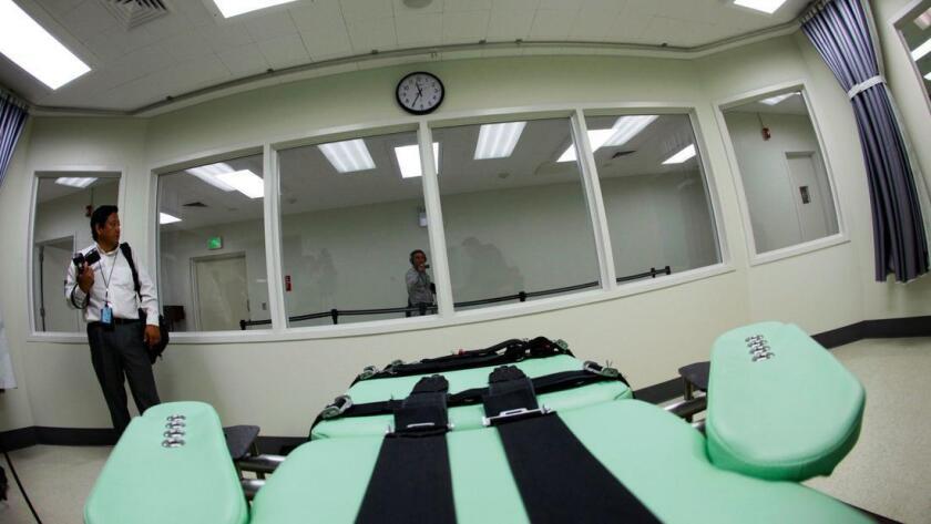 La sala de ejecución de la Prisión Estatal San Quentin. Foto de Eric Risberg / Associated Press