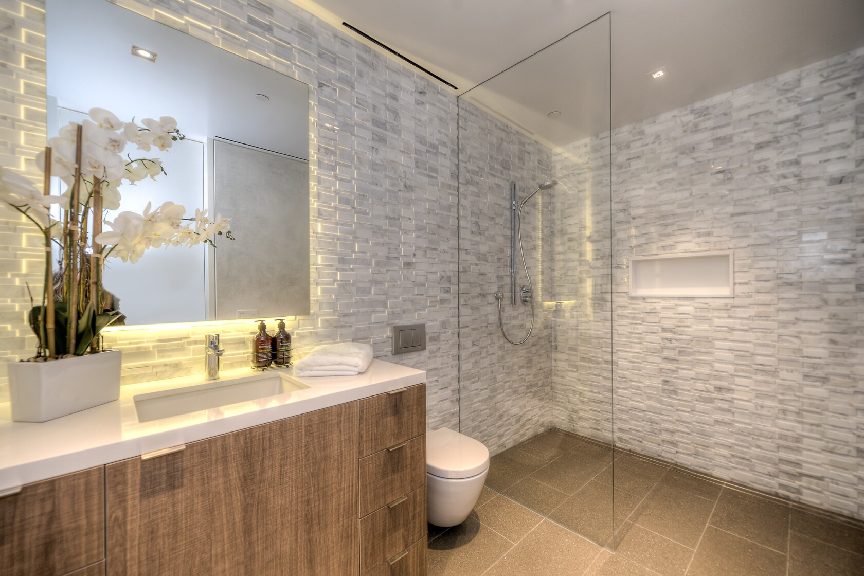 Jaw-dropping bathrooms: Lather, rinse and repeat in style
