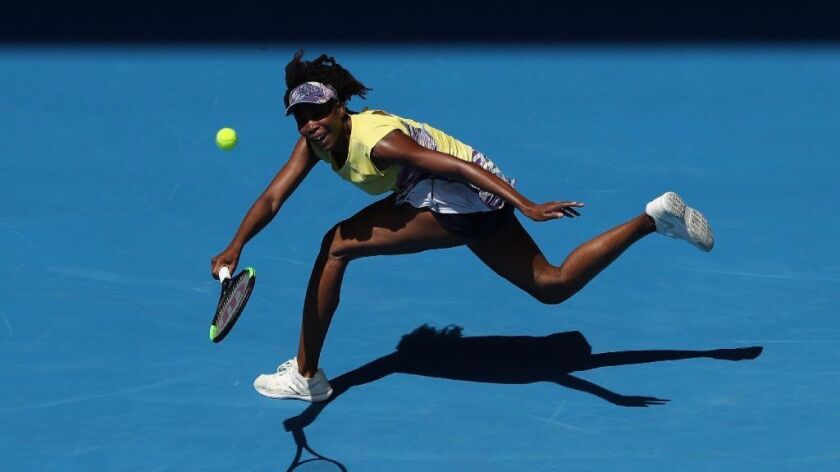 Venus Williams advances to third round of Australian Open