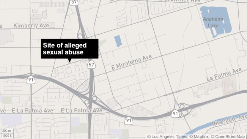 Un hombre de 41 años de Placentia fue arrestado el jueves bajo sospecha de abusar repetidamente de su hija desde que tenía dos años, dijeron las autoridades.