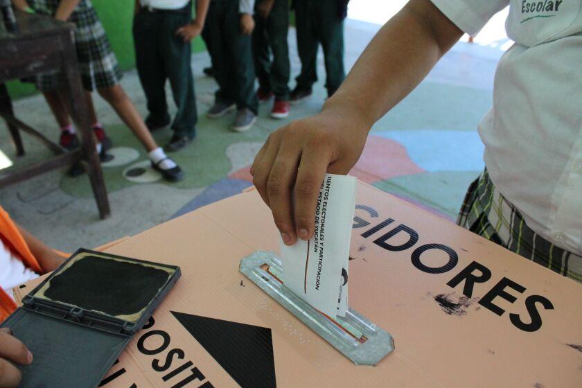 Los cerca de 185 mil oriundos de Yucatán en Estados Unidos podrán ejercer su derecho al voto, si se registran a más tardar el 31 de marzo.