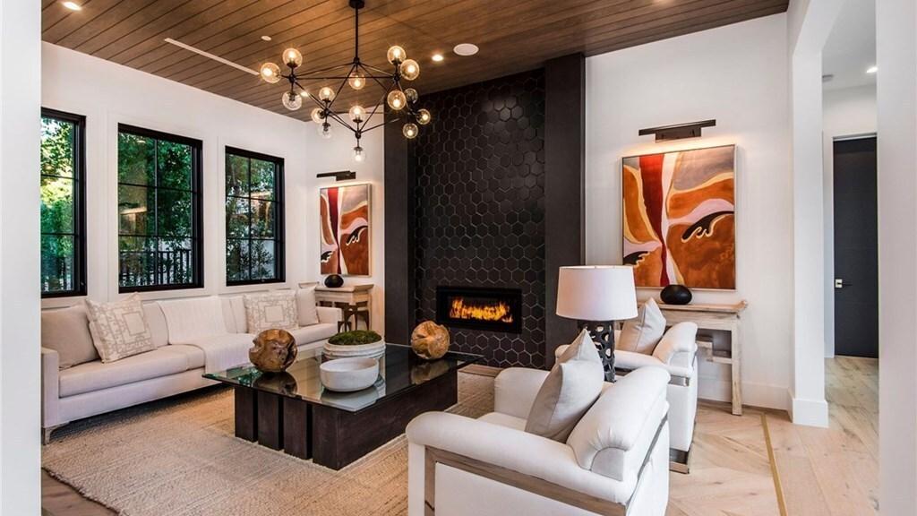Darren Sproles' home in Tarzana