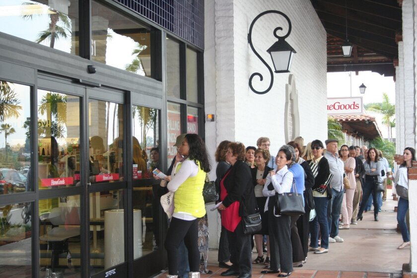 Forming a line outside the store, shoppers eagerly waited for HomeGoods to open its doors for the first time at 4 p.m. Feb. 20 in Solana Beach.