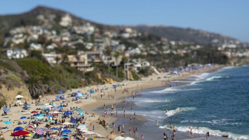 Scenes from Laguna Beach, Ca., (Photo by Jay L. Clendenin)