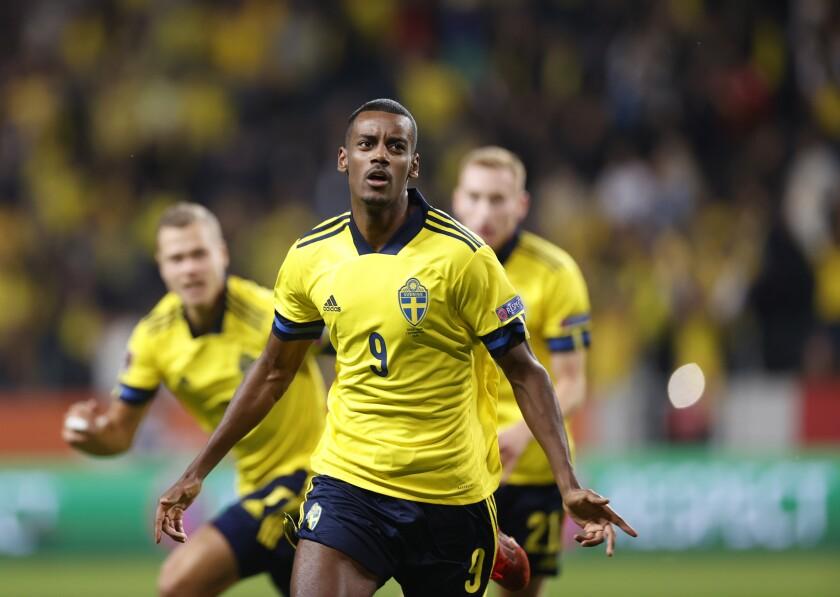 Sweden's Alexander Isak , during the World Cup 2022, group B soccer match between Sweden and Spain at Friends Arena, in Stockholm, Sweden, Thursday, Sept. 2, 2021. (Nils Petter Nilsson/TT News Agency via AP)