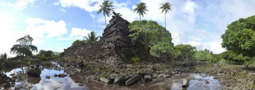 The Saudeleur dynasty united the 25,000 people of Pohnpei until about 1628.