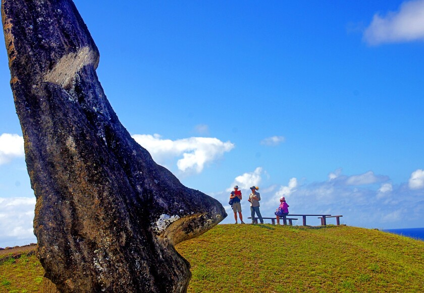 Mysteries of the Easter Island moai and more - Los Angeles Times