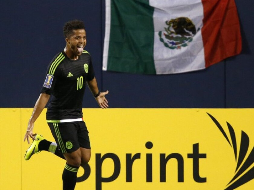 Mexican national team star Giovani Dos Santos has signed a 4 1/2-year contract with the Galaxy.