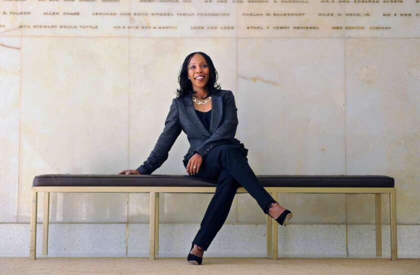 Renae Williams Niles is leaving her post as vice president of programming at the Music Center. She'll become the head fundraiser for USC's Glorya Kaufman School of Dance.