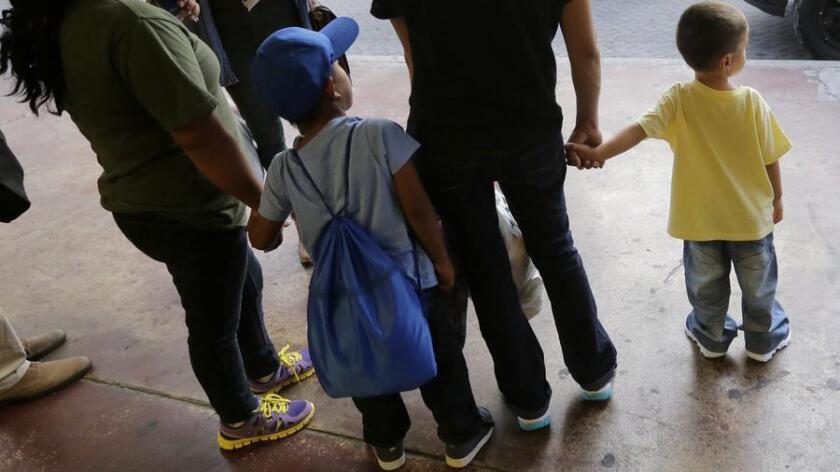 detenidos migrantes