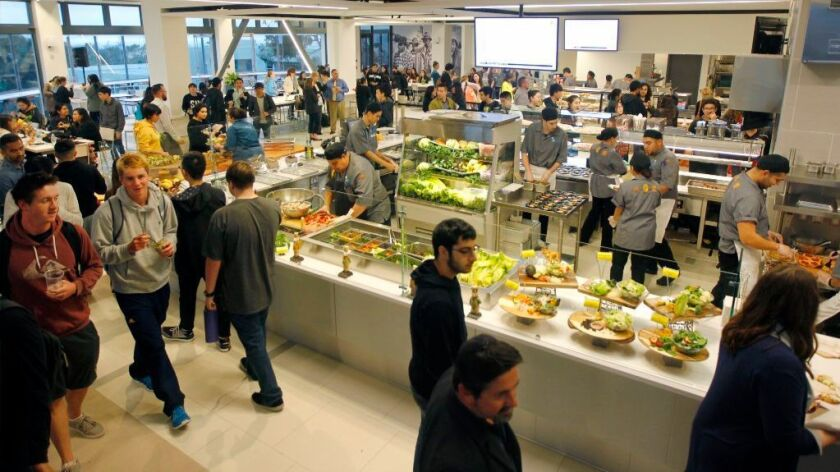 Students flocked to Oceanview Terrace at UC San Diego on Wednesday to sample salads, pizza and other food in the Univeristy of California's first 24-hour kosher/halal-friendly diner.