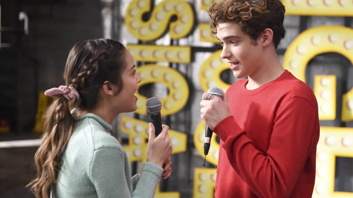 High School Musical Does Beauty And The Beast See Our Dream Cast Los Angeles Times