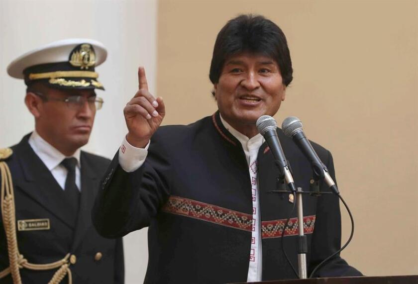 """El exministro boliviano de Defensa José Carlos Sánchez Berzaín afirmó hoy que el presidente de Bolivia, Evo Morales (imagen), quiere atribuirles """"falsamente"""" a él y al exmandatario Gonzalo Sánchez de Lozada los """"hechos luctuosos"""" que él mismo provocó en 2003 y por los que enfrentan una demanda civil en EE.UU. EFE/ARCHIVO"""