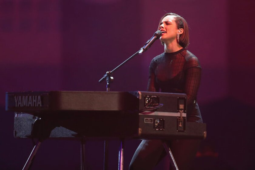 Alicia Keys to unveil 'Girl on Fire' in live stream Nov. 20
