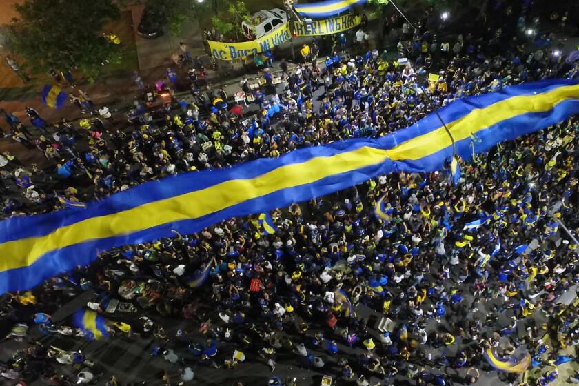 Fans Bid Farewell to Boca Juniors